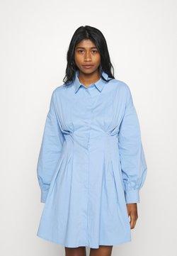 Missguided - PLEATED WAIST SHIRT DRESS - Blusenkleid - blue