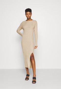 Nly by Nelly - TWISTED BACK DRESS - Vestido de punto - beige