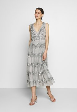 Maya Deluxe - PANELLED EMBELLISHED MIDI DRESS - Vestido de fiesta - soft grey