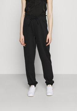 Vero Moda - VMCARMEN PANT - Jogginghose - black