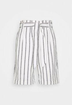 s.Oliver - HOSE KURZ - Shorts - creme