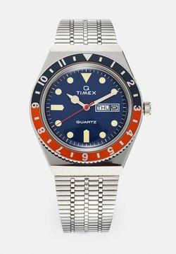 Timex - Q DIVER UNISEX - Uhr - silver-coloured/blue/orange
