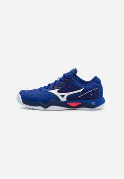 Mizuno - WAVE INTENSE TOUR 5 AC - Tennisschoenen voor alle ondergronden - reflex blue/white/diva pink