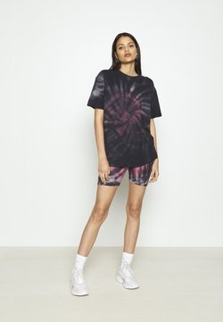 Missguided - COORD AND CYCLE TIE DYE SET - Shortsit - pink