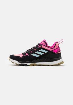 adidas Performance - TERREX HIKSTER LOW - Hikingschuh - hazy orange/hazy sky/screaming pink