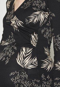 Envie de Fraise - FIONA  - Robe d'été - black base