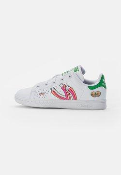 adidas Originals - STAN SMITH - Matalavartiset tennarit - white/white/vivid green