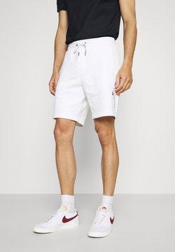 Tommy Hilfiger - ESSENTIAL - Shorts - white