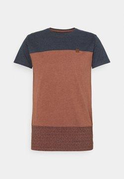 INDICODE JEANS - HAMMOND - T-Shirt print - rootbeer