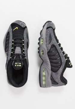 Nike Sportswear - AIR MAX TAILWIND IV SE - Sneakersy niskie - gunsmoke/barely volt/black/opti yellow