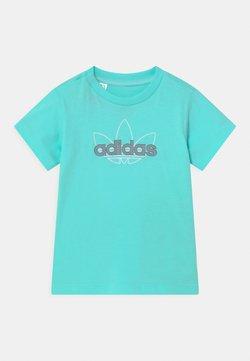 adidas Originals - UNISEX - Camiseta estampada - turquoise