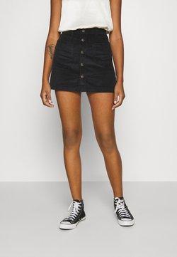 ONLY - ONLAMAZING SKIRT - Jupe trapèze - black
