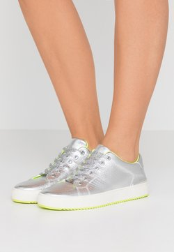 DKNY - BINDA LACE UP  - Sneakers - silver