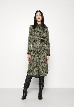 Vero Moda - VMBECKY CALF DRESS - Sukienka koszulowa - beech/becky