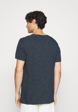Selected Homme - SLHMORGAN - T-Shirt print - dark sapphire/egret