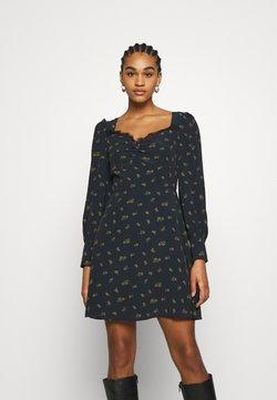 Glamorous - SKATER MINI DRESS WITH LONG SLEEVES AND SWEETHEART NECKLINE - Korte jurk - olive
