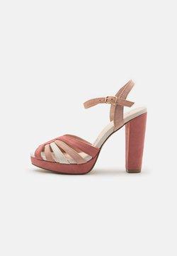 Menbur - Korkeakorkoiset sandaalit - nude