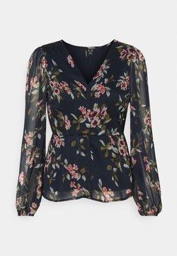 Vero Moda Petite - VMKAY V-NECKTOP - Bluse - navy blazer