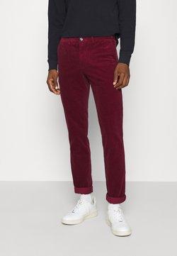 Tommy Hilfiger - DENTON CORDUROY PANT - Pantaloni - dark red