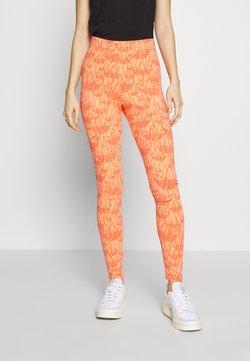 adidas Originals - TIGHT - Leggings - chalk coral