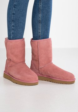 UGG - CLASSIC SHORT - Stiefelette - pink dawn