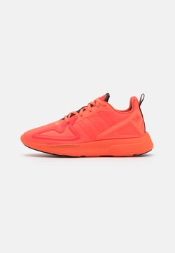 adidas Originals - ZX 2K FLUX SPORTS INSPIRED SHOES UNISEX - Sneaker low - solar red/semi solar orange/core black