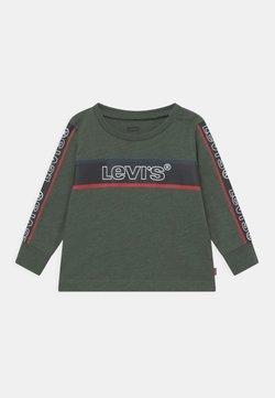 Levi's® - LONGSLEEVEGRAPHICTEE - Camiseta de manga larga - thyme heather