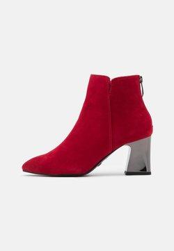 Tamaris - Ankle Boot - cherry