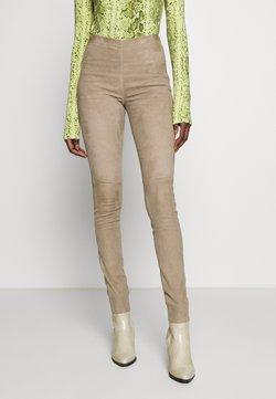Oakwood - ASTEROID - Pantalon en cuir - beige