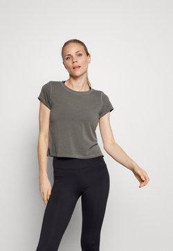 Nike Performance - GARMENT DYE - T-shirt basique - anthracite