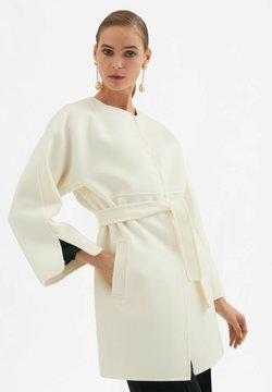 Luisa Spagnoli - Klasyczny płaszcz - panna