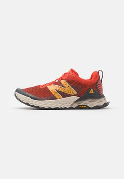 New Balance - HIERRO V6 - Zapatillas de trail running - orange