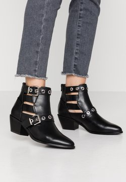 ONLY SHOES - ONLTOBIO CUT OUT BUCKLE  - Ankle boots - black