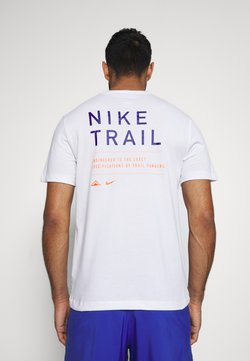 Nike Performance - DRY TEE TRAIL - T-shirt imprimé - white/astronomy blue