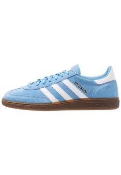 adidas Originals - HANDBALL SPEZIAL - Sneaker low - ltblue/ftwwht/gum5