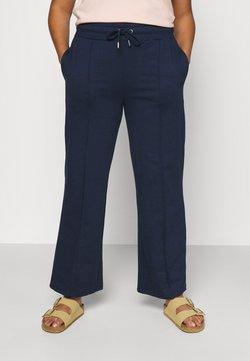 CAPSULE by Simply Be - PLEAT FRONT WIDE LEG JOGGERS - Pantalon classique - navy