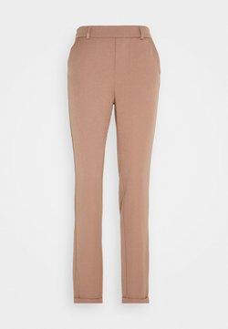 Vero Moda Tall - VMMAYA LOOSE SOLID PANT - Broek - brownie