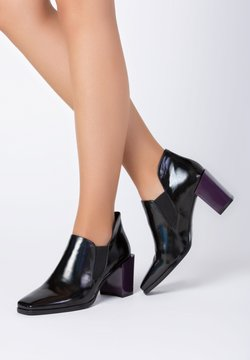 TJ Collection - High Heel Stiefelette - black