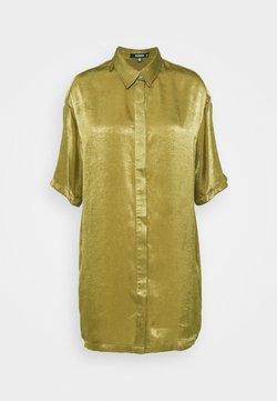 Missguided - CONCEALED PLACKET OVERSIZED DRESS - Vestido camisero - khaki