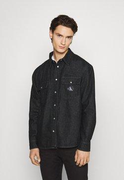 Calvin Klein Jeans - SHIRT - Vapaa-ajan kauluspaita - denim black