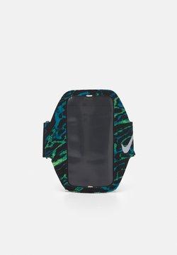 Nike Performance - LEAN ARM BAND UNISEX - Otros accesorios - cerulean/black/silver