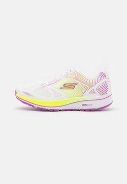 Skechers Performance - GO RUN CONSISTENT FLEET RUSH - Scarpe running neutre - white/purple