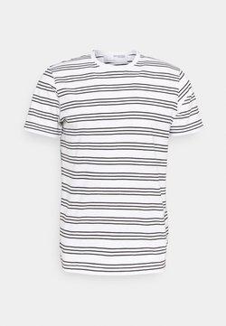 Selected Homme - SLHTYLER O NECK TEE - T-Shirt print - white/black