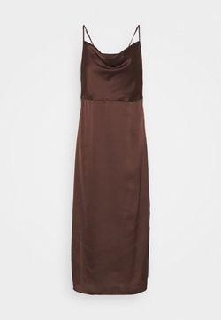 Missguided Tall - CAMI COWL SLIP DRESS - Cocktailkleid/festliches Kleid - chocolate