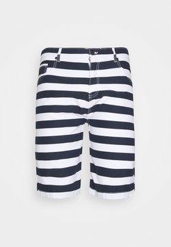 Newport Bay Sailing Club - BIG TALL - Shorts - main white/navy