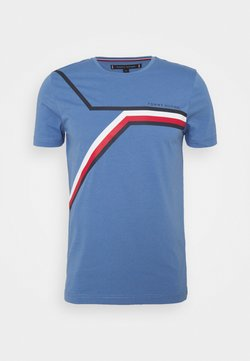 Tommy Hilfiger - SPLIT CHEST STRIPE TEE - T-Shirt print - pebble blue