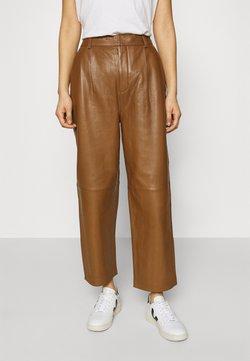 Gestuz - ALIAHGZ CULOTTE - Pantalon en cuir - rubber