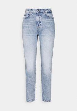 Tommy Jeans - IZZY SLIM ANKLE  - Slim fit jeans - light-blue denim