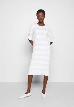 By Malene Birger - HELOSIS - Gebreide jurk - soft white