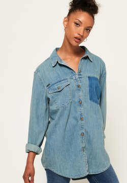 Superdry - ÜBERGROSSES  - Button-down blouse - blue denim